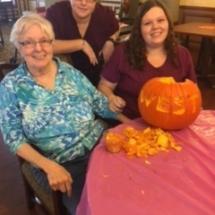 pumpkin carving, villas of oak park senior living,