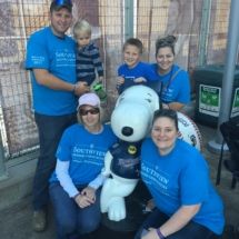 Our Team at 2017 Alzheimer's Walk-Villas of Oak Park-family shot with Snoopy