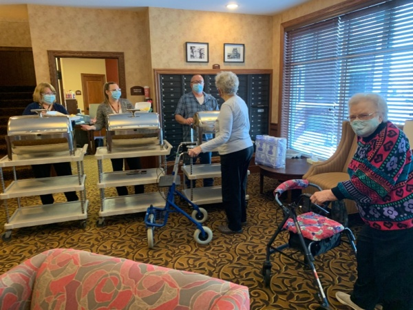 "Residents at The Villas of Oak Park were treated to a yummy ""breakfast-to-go"" from our friends at Oak Park Senior Living."